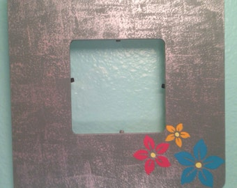 3 flowers picture frame with protective plastic cover