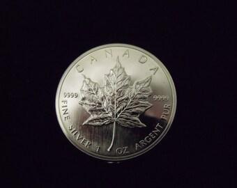 1988 Canadian 1 OZ .9999 Silver Maple Leaf (Briliant Uncirculated)