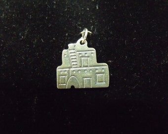 Sterling Silver Pueblo House Double Sided Charm/Pendant  - .925 2.3 grams