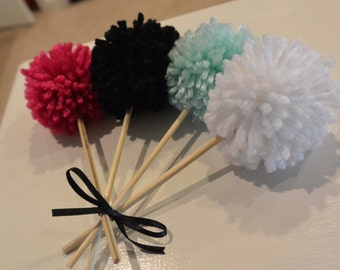 Cupcake Yarn Pom Poms