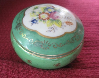 TRINKET BOX IN Porcelain marked Made In Occupied Japan.