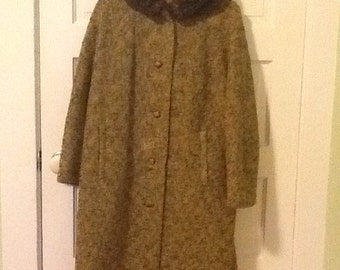 Vintage wool  tweed coat w/ faux fur collar