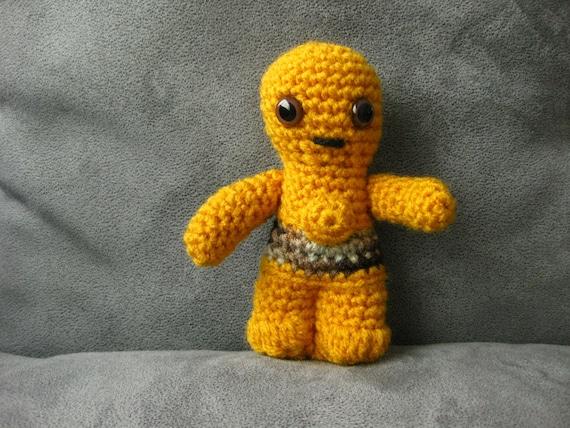 Superhero Amigurumi Pattern Free : Crochet C-3PO Star Wars Amigurumi