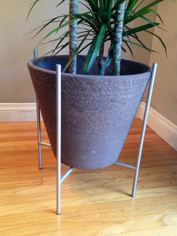 mid century modern plant stand. Black Bedroom Furniture Sets. Home Design Ideas