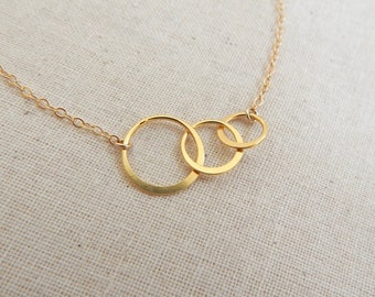 Gold Circle Necklace, Triple Circle Necklace, Delicate Three Circle Necklce