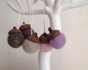 The Soft Collection - Set of 5 Medium Felted Wool Acorn Ornaments