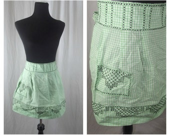 50s Hostess Apron Green Gingham Checkered with Pocket and Cross-Stitching Detail