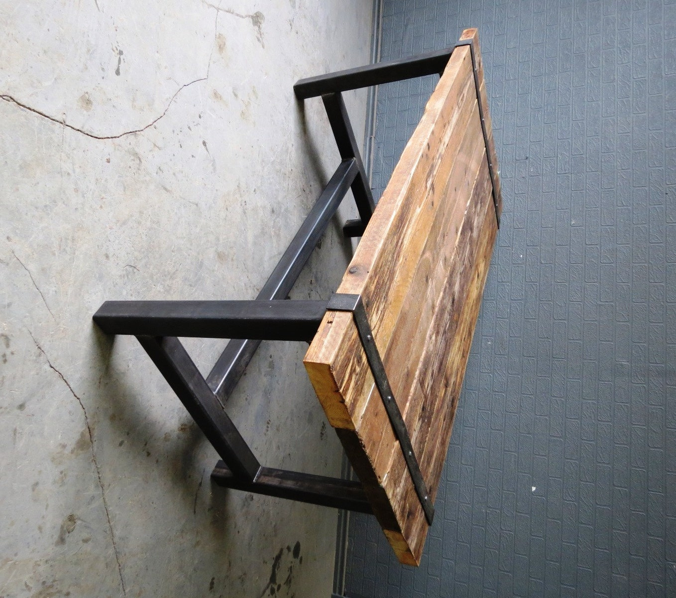 Reclaimed industrial chic medieval 6 8 seater solid wood and - Table bois metal industriel ...