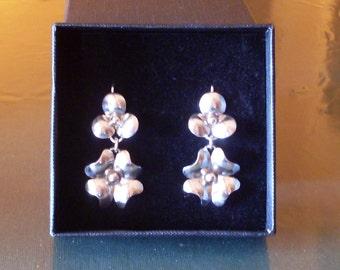 Clover-Leaf Clover earrings in silver 800