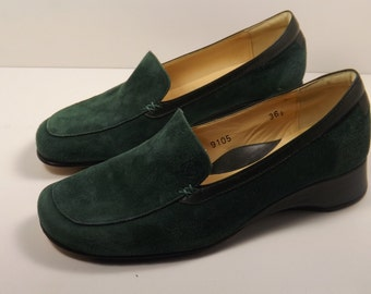 Taryn Rose 6.5 Green Suede Wedge Loafer  New Old Stock!
