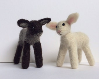 2 x lamb sheep needle felt kit