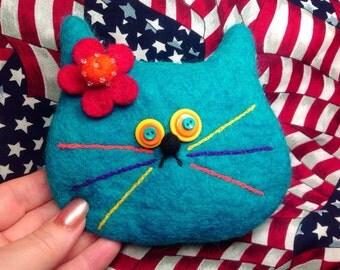 Turquoise cat bag