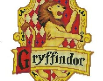 cross stitch pattern Gryffindor logo