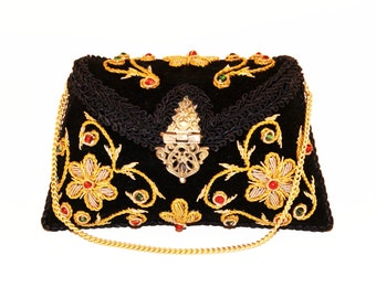 Ruhmet Flower Twirl Clutch Bag Black