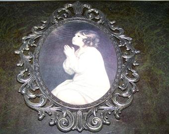 Girl praying picture