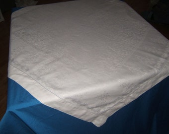 Vintage Antique White Irish Linen Double Damask Hemsitiched Tablecloth 34x37 019