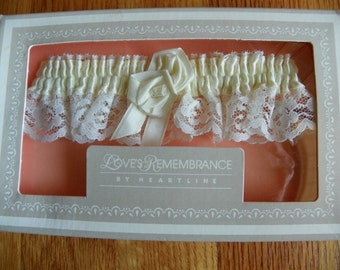 Heartline Wedding Garter White Lace Yellow Ribbon New in Box Vintage 224