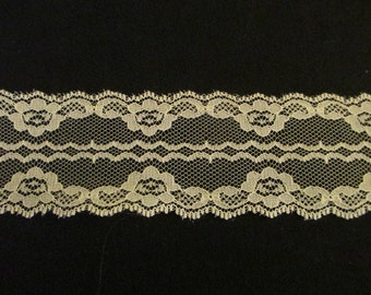 "Ivory/Rose colored Lace 2"" wide 10 yd Length"