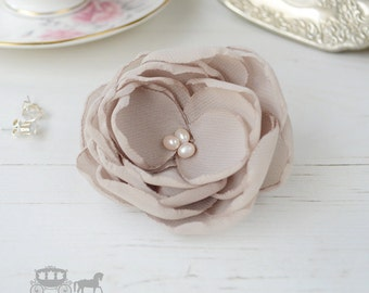 Oyster Hair Flower - Oyster Hair Clip - Oyster Bridesmaids - Oyster Flower Girls - Hair Flowers - Oyster Wedding - Oyster Flower Brooch