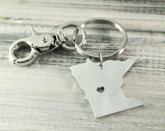 I heart  Minnesota  keychain  Minnesota  keyring  Key holder state jewelry Custom state keychain  state key chain Alloy keychain