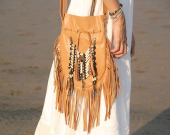 fringed leather bag, medium size tan leather boho bag, bohemian bag, gypsy bag, festival bag