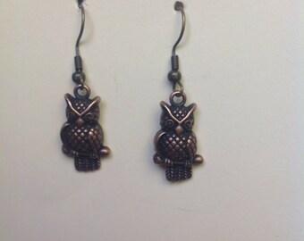 Owl dangle vintage style earring