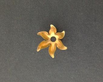 Raw Brass 6 Petal Flower Bead Cap (8) mtl071