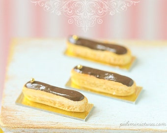 Mini Eclairs - Chocolate - 1/12 Dollhouse Miniature Scale