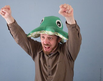 Fleece Octopod Hat/Pillow - Light Green