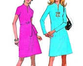 1970s Dress Pattern McCalls 2506 Mod Split Neckline A Line Day Evening Dress Womens Vintage Sewing Pattern Bust 32 1/2
