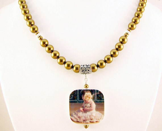 3 Pc Set - Swarovski Crystal Pearl Necklace with Photo Charm, Bracelet and Earrings - P1RfSet