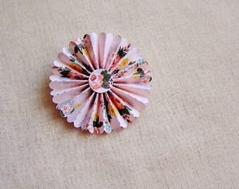 Blush Roses Rosette Medallion Brooch Pin - handmade paper jewelry, wedding corsage, boutonniere, gift topper, embellishment – MEDIUM