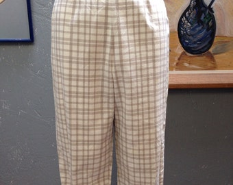 "50's beige and cream plaid clam diggers. Pants. 29"" waist."