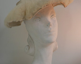 SPECIAL OFFER -vintage 1950s large white mink fur hat / 50s new look hat/ 50s wide brim hat/ 50s bridal hat