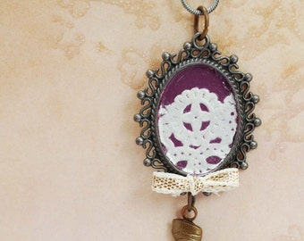 Necklace with Purple and Lace Pendant and Hand
