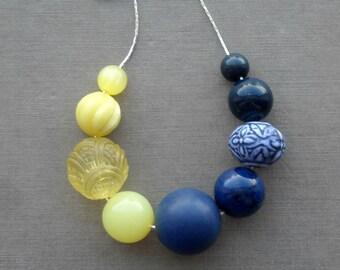 parfait necklace - vintage lucite