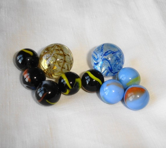 Glass Marbles Game : Vintage collectible glass marbles toy game