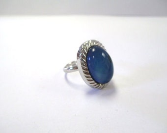 Vintage 90's Silver-Tone Mood Ring DEADSTOCK