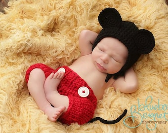 Mouse Bonnet and Shorts Set Newborn Photography Prop