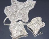 LES BERNARD Vintage Leaf Brooch Set with Rhinestones / Brooch and Earrings Set / Les Bernard Earrings Set / Rhinestone Brooch Set
