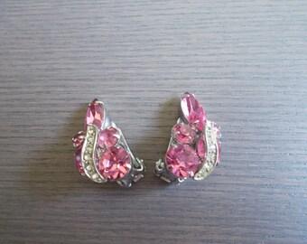 Bright Pink Rockabilly Rhinestone Glamour 50s 60s Earrings