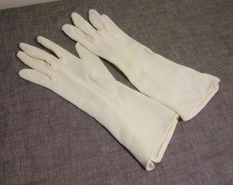 Vintage Off White Textured Rayon Gloves