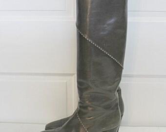 FERRAGAMO gray leather Riding BOOTS
