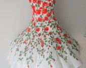Vintage 1980s does 50s Floral Circle Dress
