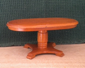 Vintage Dollhouse Oak Oval Pedestal Table for Doll or Doll House
