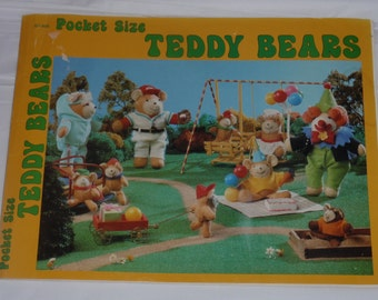 Teddy Bear pattern book for little bears and their costumes 80's