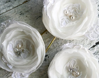 Bridal Hair Flowers, Set of 3, Off-White Flowers, White Flowers, Bridal Headpiece, Hair Flowers