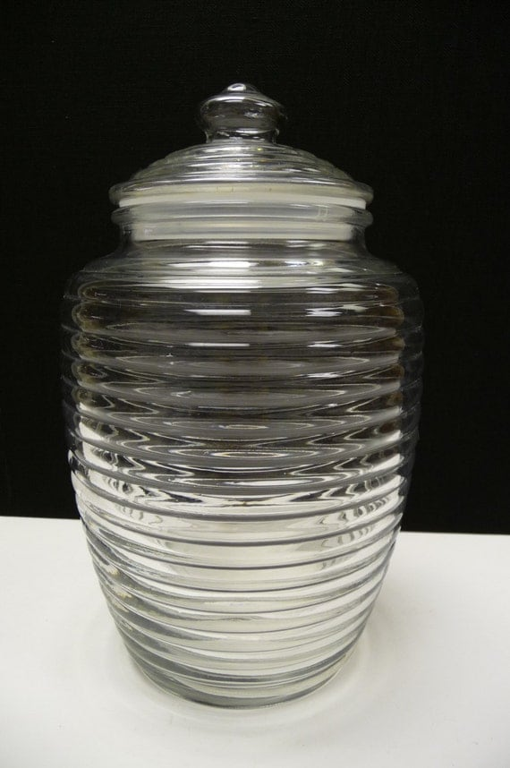 vintage glass candy cookie jar beehive ribbed container with. Black Bedroom Furniture Sets. Home Design Ideas
