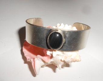 """Onyx Cuff Sterling Silver  Native American Hand Crafted """"Signed"""" Jewelry Vintage Beauty"""