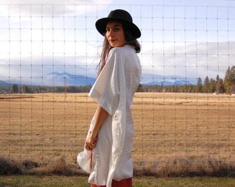 Vintage White Duster Kimono Jacket  one size